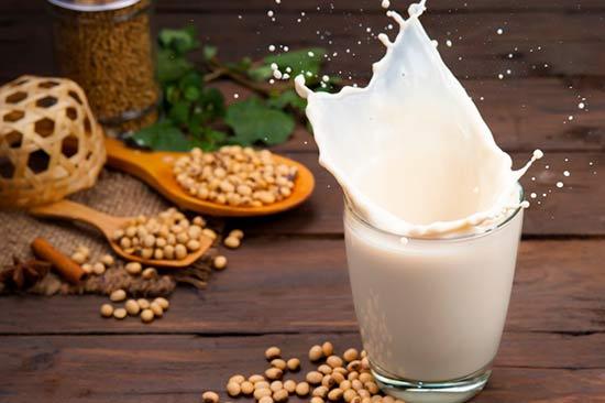 Tăng chiều cao tuổi dậy thì với sữa đậu nành
