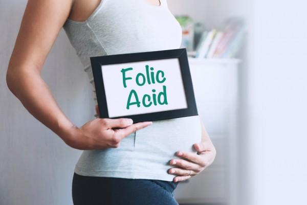 Thuốc acid folic cho bà bầu giúp giảm dị tật thai nhi